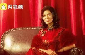 环卫阿姨被邀拍旗袍写真称很感动,网友:太美了,这个笑容与气质好难得