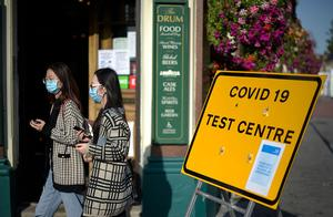 英卫生大臣:若疫苗研发顺利,英国有望在明年夏天前恢复常态