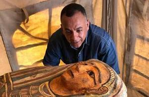 2500年前的古物面世!埃及出土27具木棺,表面绘有精美人像