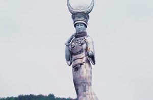 贵州一贫困县被指斥巨资建88米苗族女神雕塑,当地回应