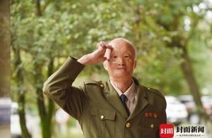 不让敌人过圣诞!战士涂伯毅:遭汽油弹毁容,周总理叮嘱保重身体