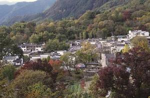 OMG!这个水墨山村太惊艳了!秋色如画,风光无限!侬去过伐?