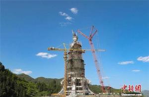 贵州一贫困县斥巨资建苗族女神雕像引争议