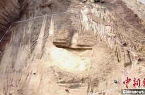 甘肃道路施工发现疑似唐代墓 主体已毁仅存墓砖