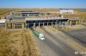 图片来了!首批4000只蒙古国捐赠羊入境现场