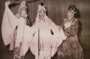 钩沉|今天,梅兰芳诞辰126周年,一张老照片记录梅氏父子同台演出