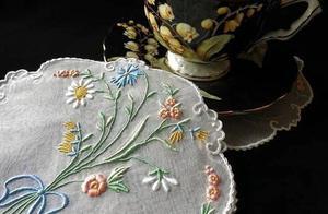 「艺术周边」复古轻灵的蕾丝刺绣