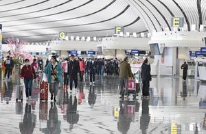 今起大兴机场执行冬航季航班计划,南航在京航班全部转至大兴机场