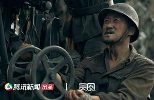 《金刚川》幕后揭秘:吴京坐农用三轮车车斗,魏晨一夜跳水5次