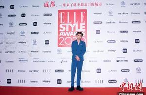 """ELLE风尚大典首次在成都举办 群星荟萃邂逅时尚""""成都味儿"""""""