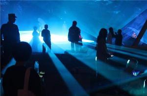 过去照鉴未来:四川美术学院灯光节,开启80周年校庆盛典