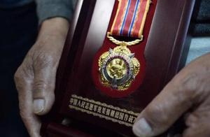 心急如焚!张家口93岁志愿军老兵丢失纪念章