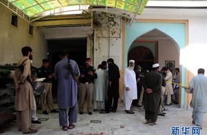 巴基斯坦宗教学校爆炸袭击事件 已致7死120伤