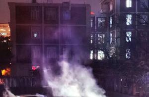 威马汽车起火 网友称伴有爆炸声!官方回应:未造成人员受伤 百亿融资后自燃不断 科创板IPO之路不平坦