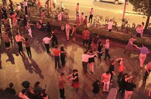 上海阿姨爷叔注意!以后不能再这么跳广场舞了 有个新规你一定要清楚
