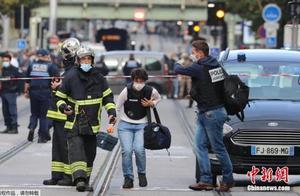 法国尼斯发生持刀袭击事件 已致3人死亡多人受伤