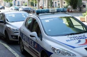 又一起!法国一男子携武器威胁路人,遭警方击毙