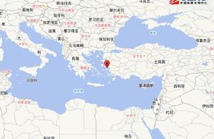 现场画面曝光!希腊群岛6.9级地震引发海啸警告,海水涌入城市,土耳其8层居民楼轰然坍塌
