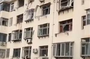 山东威海一居民楼发生燃气闪爆 造成1人死亡3人受伤