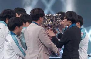电竞韩流卷土重来,韩国战队DWG夺得英雄联盟S10总冠军