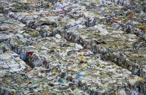 不是你们的垃圾场!斯里兰卡退还英国数百吨有害垃圾