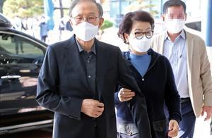 住13平米单间喝豆腐汤,李明博入狱获韩国前总统待遇