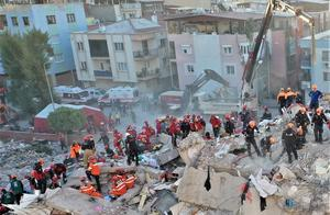 土耳其与希腊摩擦不断!但一场天灾后,感人的故事上演了