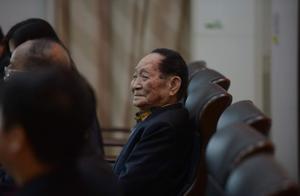 杂交水稻双季亩产1500公斤实现后,袁隆平又提出新目标