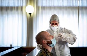美媒:美国新冠累计确诊病例超1000万例