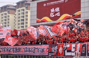 朱艺:亚泰战成都现场观众5860人,为本赛季中甲之最