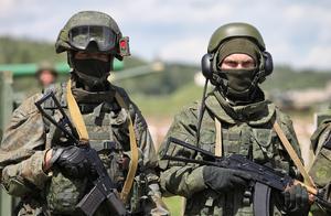 俄军证实基地内发生枪击案:军人从军官手中夺枪后开火,已致3人死亡