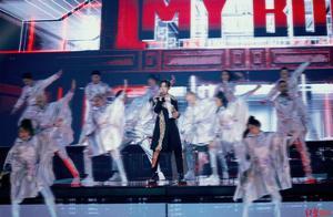 """双十一明星秀:易烊千玺街舞炸场、张艺兴""""飞起来了""""……"""