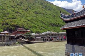 四川甘孜州出台冬春旅游门票全免政策