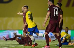 GIF:菲尔米诺抢点破门打破僵局,巴西领先委内瑞拉