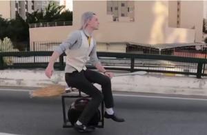 巴西男子造出哈利波特飞天扫帚:时速达60公里,售价4900元