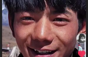 当一个漂亮的藏族男孩遭到围观