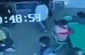 歙县3岁男童遭幼师摔打致伤,其父亲发声,警方通报:确为老师致伤