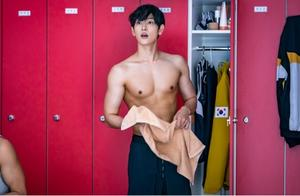 JTBC新剧《Run on》公布最新剧照 任时完秀健美身材