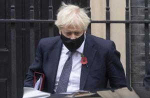 """""""密接""""新冠感染者 英国首相自我隔离"""