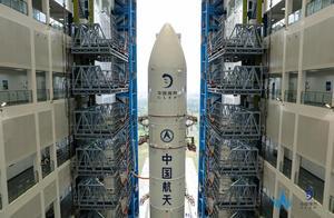 嫦娥五号拟11月下旬发射 长征五号遥五火箭完成垂直转运