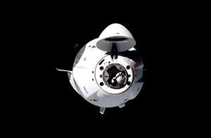 SpaceX龙飞船抵达国际空间站,宇航员人数扩大到7人