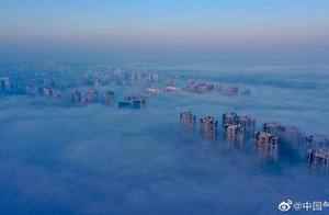 安徽黄山·雾罩山城 如梦似幻