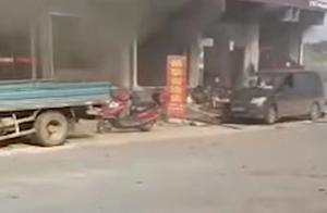 湖南汨罗餐馆燃爆1男子正用餐受重伤33人轻伤!原因正调查