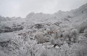 今冬北京山区来了头场雪!群山戴雪,超美