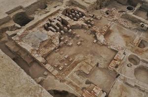 新疆天山北麓发现古代公共浴场遗址,始建于约公元10世纪