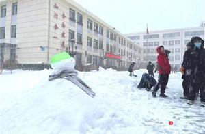 一场大雪沸腾一座城