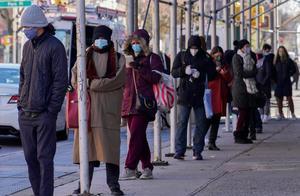 美新增确诊超18万 日均增16.5万 系疫情以来最高水平