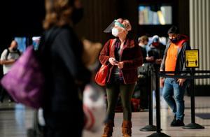 数读11月22日全球疫情:全球日增确诊近50万例 累计逾5894万例 美国新增超12万例