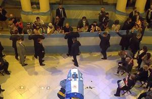 马拉多纳遗体告别仪式在阿根廷总统府举行
