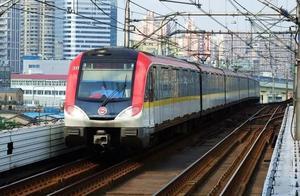 上海地铁将禁手机外放 12月1日起正式实施